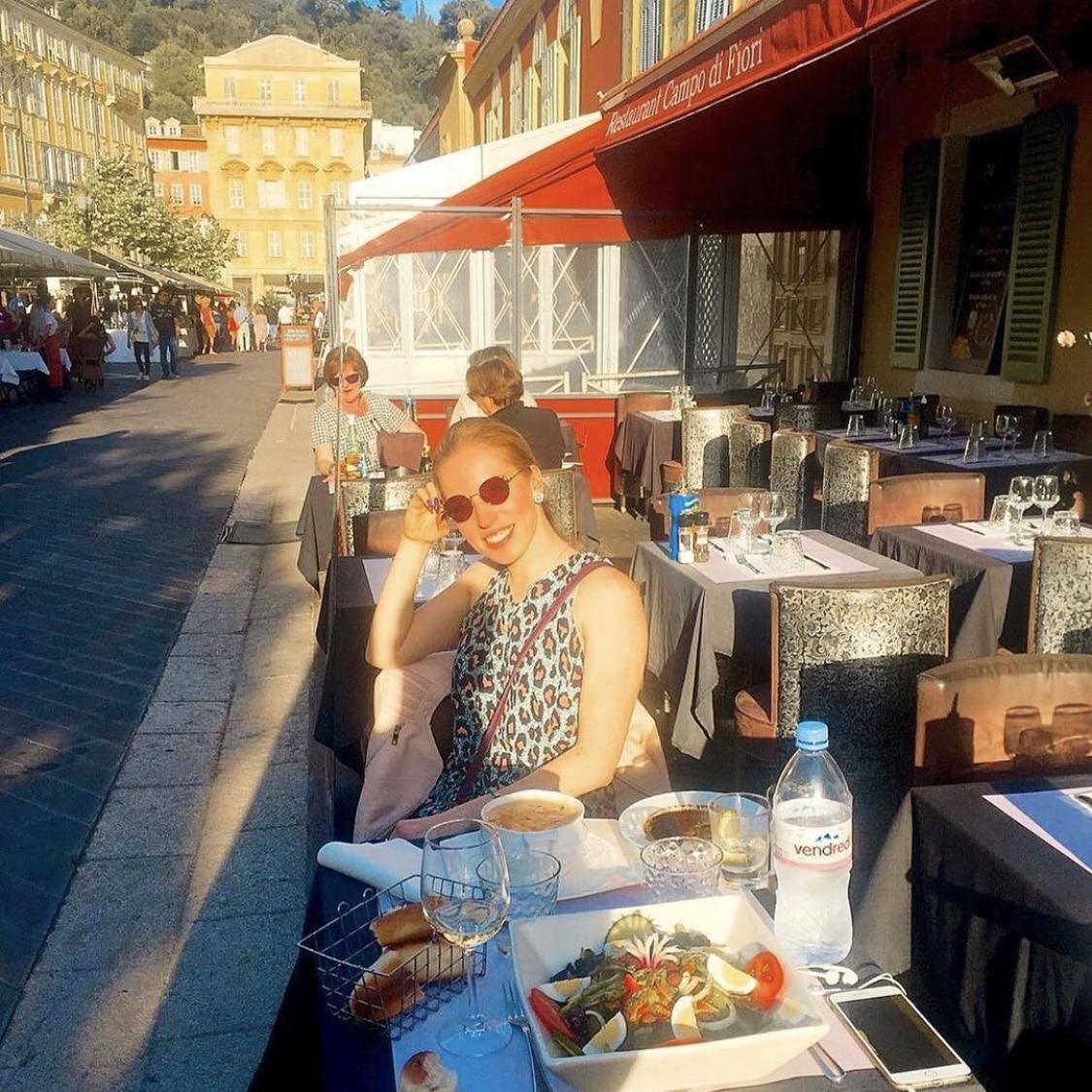 Nizza Altstadt essen Restaurant Inspo beautycatze