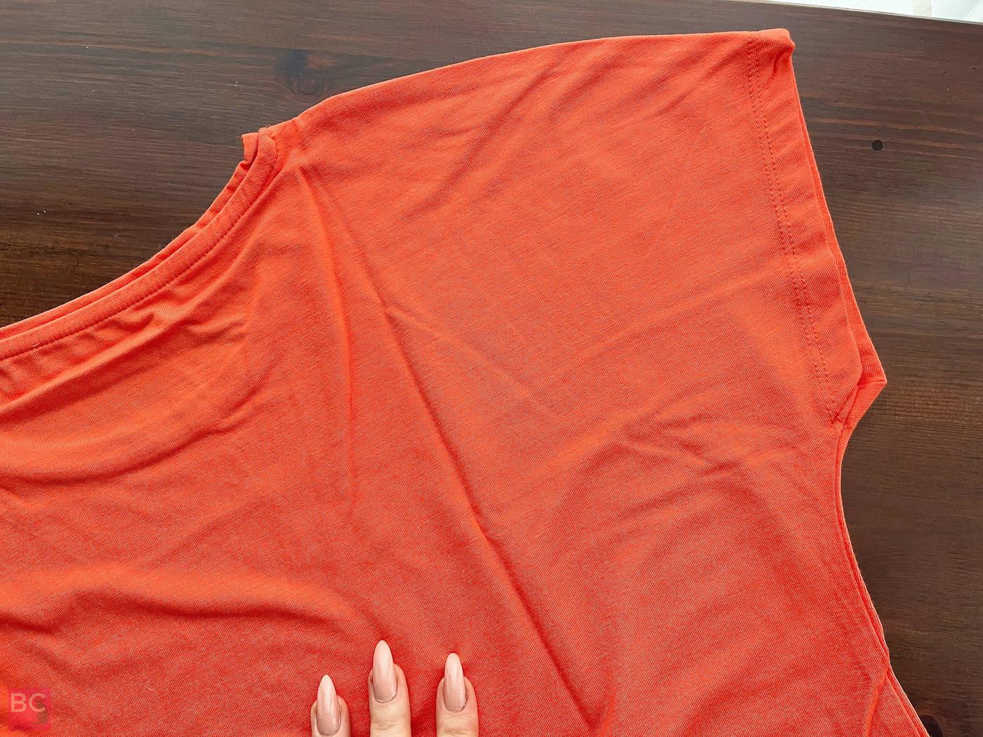 The Mia Shirt Les Lunes Erfahrungen hinten Details Rücken
