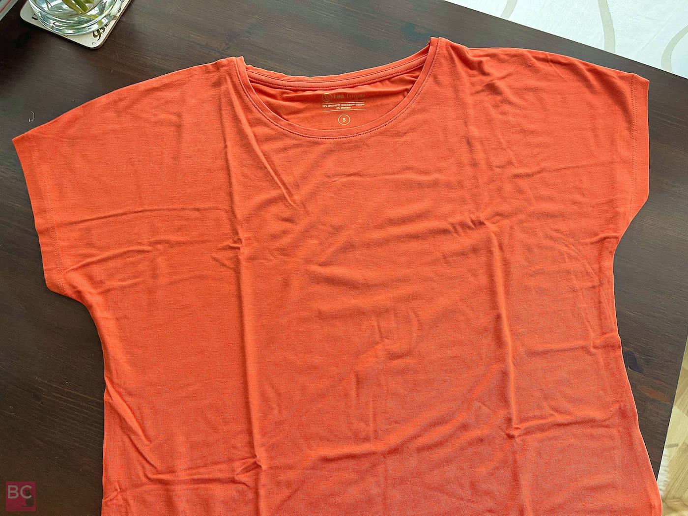 The Mia Shirt Les Lunes Erfahrungen vorne Details frisch ausgepackt