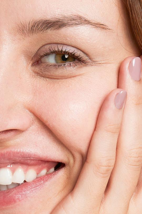 Erfahrungen LAVENDEL GITTI no 123 Nagellack pflanzenbasiert langanhaltend Nagelfarben