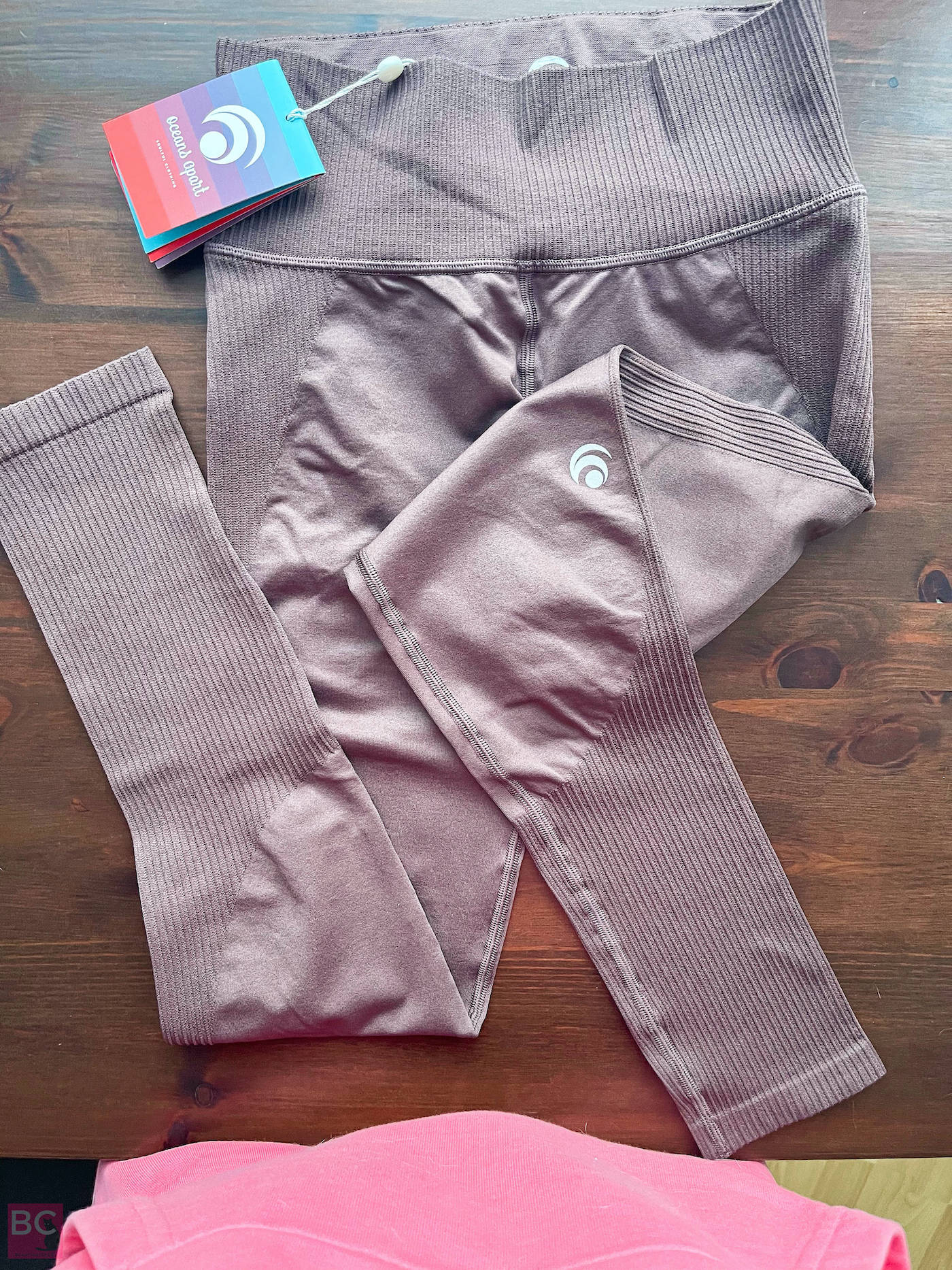 Oceans Apart Erfahrungen Größe JEFFY Set Pants Leggings vorne Logo