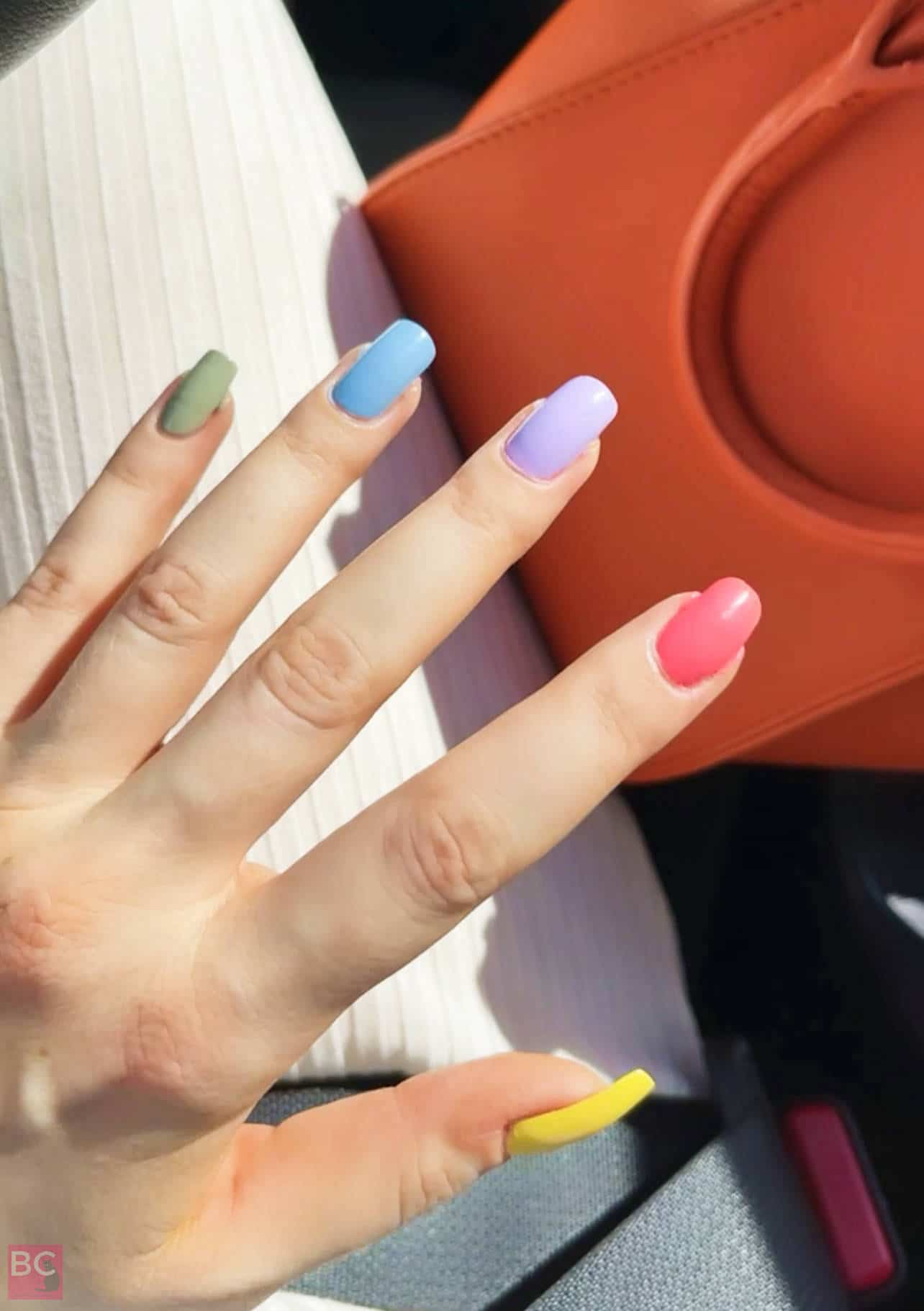 Gitti Nagellack Rainbow Farben Regenbogen Nägel lackieren